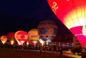 Night Glow festival globos vitori